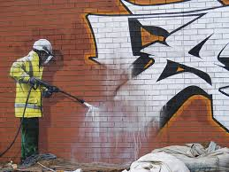 Graffiti/Chewing Gum & Litter Removal