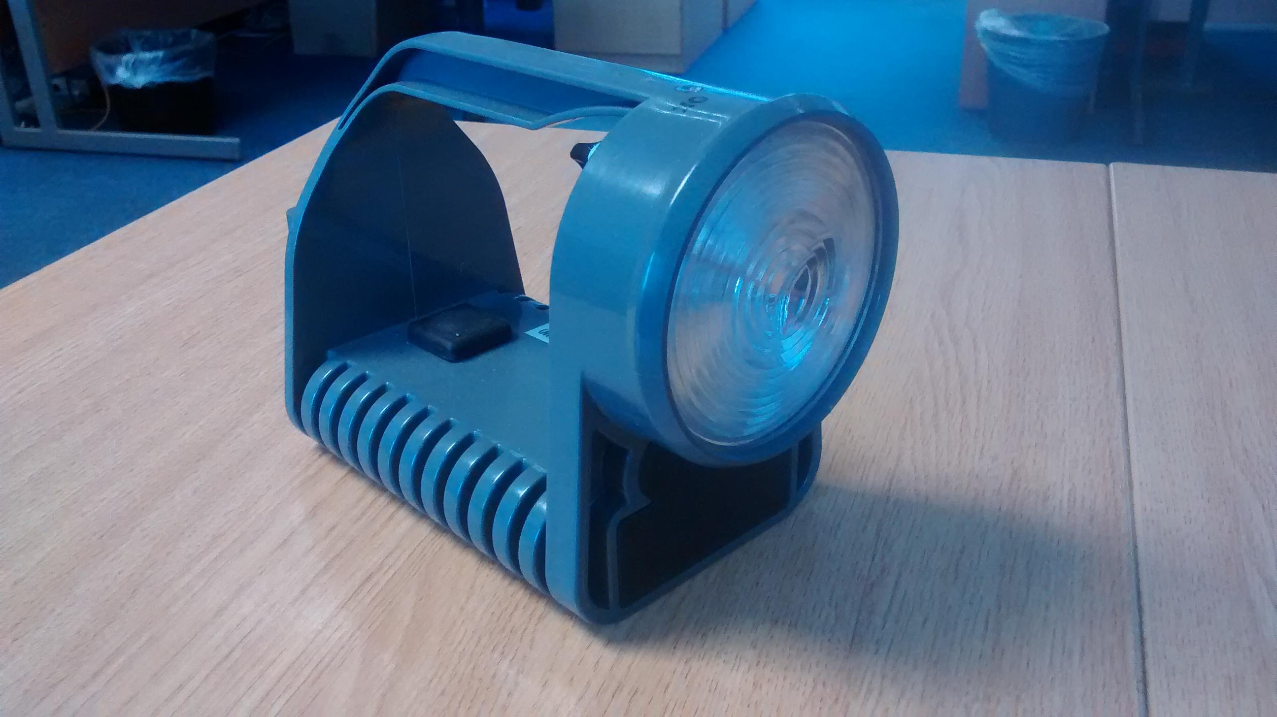 Rail Hand Lamp 3 Aspect Cat No: 0094/008052